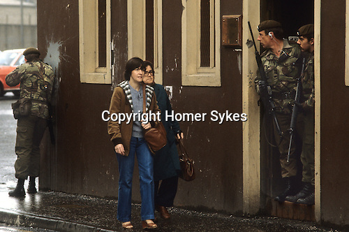 Troubles Belfast Northern Ireland  1980s. British soldiers on patrol
