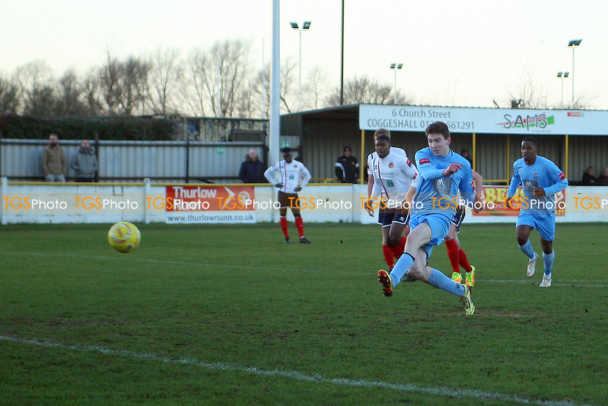 Andy Freeman of Brentwood Town gives Brentwood the lead from his spot-kick during Witham Town vs Brentwood Town, Ryman League Division 1 North Football at Spa Road on 26th December 2016