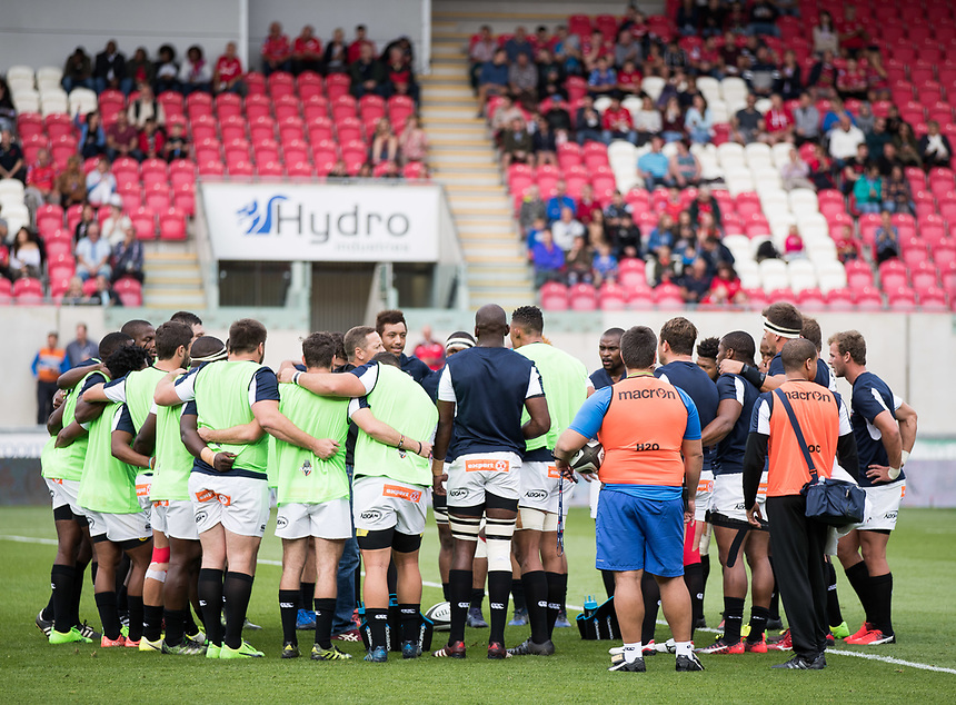 Southern Kings team huddle during the pre match warm up<br /> <br /> Photographer Simon King/CameraSport<br /> <br /> Guinness Pro14 Round 1 - Scarlets v Southern Kings - Saturday 2nd September 2017 - Parc y Scarlets - Llanelli, Wales<br /> <br /> World Copyright &copy; 2017 CameraSport. All rights reserved. 43 Linden Ave. Countesthorpe. Leicester. England. LE8 5PG - Tel: +44 (0) 116 277 4147 - admin@camerasport.com - www.camerasport.com
