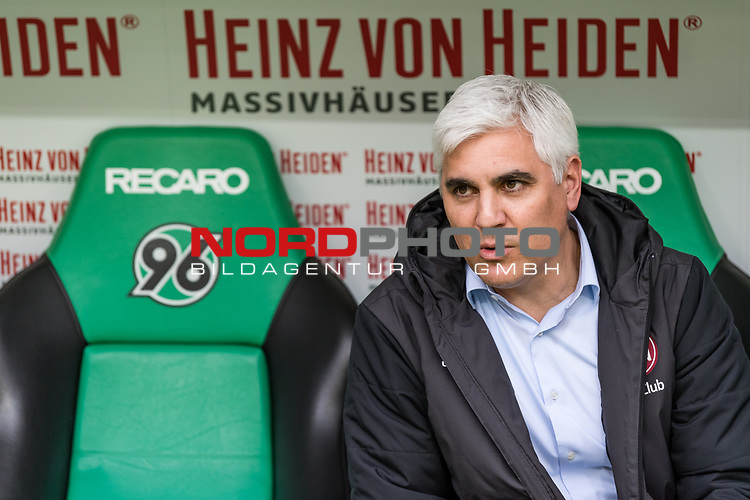 09.02.2019, HDI Arena, Hannover, GER, 1.FBL, Hannover 96 vs 1. FC Nuernberg<br /> <br /> DFL REGULATIONS PROHIBIT ANY USE OF PHOTOGRAPHS AS IMAGE SEQUENCES AND/OR QUASI-VIDEO.<br /> <br /> im Bild / picture shows<br /> Andreas Bornemann (Vorstand Sport 1. FC Nuernberg) auf Trainerbank, <br /> <br /> Foto &copy; nordphoto / Ewert