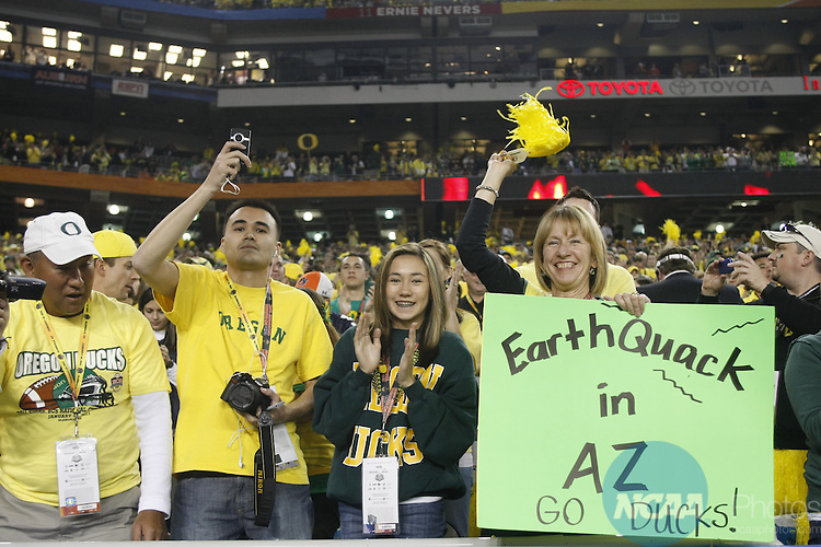 10 JAN 2011:  The University of Oregon takes on Auburn University during the Tostitos BCS National Championship held at University of Phoenix Stadium in Glendale, AZ.  Auburn defeated Oregon 22-19 to win the national title.  Jamie Schwaberow/NCAA Photos