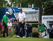 24.05.2015. Wentworth, England. BMW PGA Golf Championship. Final Round.  Thomas Bjorn [DEN]   acknowledges the crowd as he walks on the first tee. Final round of the 2015 BMW PGA Championship from The West Course Wentworth Golf Club