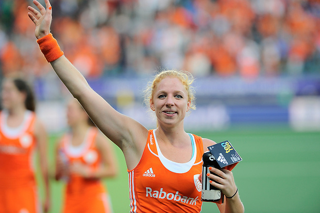 The Hague, Netherlands, June 12: Margot van Geffen #30 of The Netherlands celebrates after winning the field hockey semi-final match (Women) between The Netherlands and Argentina on June 12, 2014 during the World Cup 2014 at Kyocera Stadium in The Hague, Netherlands. Final score 4-0 (3-0)  (Photo by Dirk Markgraf / www.265-images.com) *** Local caption ***