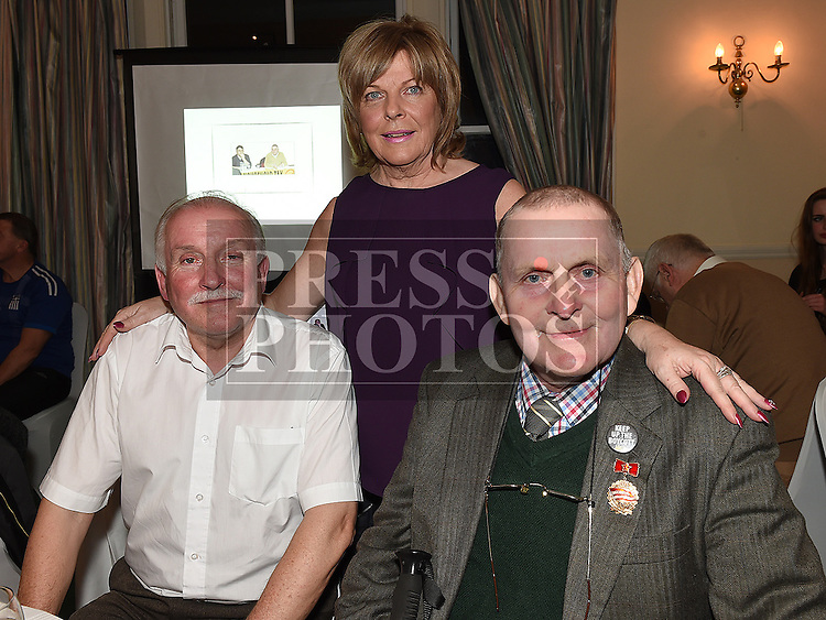Frank Gallagher pictured with his brother Noel and sister Jean in the Boyne Valley hotel. Photo:Colin Bell/pressphotos.ie