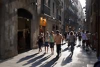 auf der Carrer Tallers in Raval, Barcelona, Spanien