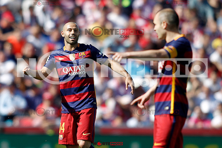 FC Barcelona's Javier Mascherano (l) and Andres Iniesta during La Liga match. May 14,2016. (ALTERPHOTOS/Acero) /NortePhoto.com