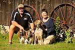 Dianne and Ric Wheeland with beagles and tick hound.