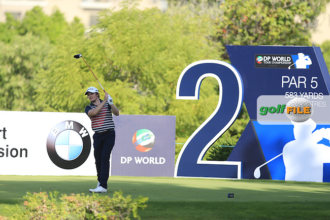 Eddie Pepperell (ENG) on the 2nd tee during Round 1 of the DP World Tour Championship at the Earth course,  Jumeirah Golf Estates in Dubai, UAE,  19/11/2015.<br /> Picture: Golffile   Thos Caffrey<br /> <br /> All photo usage must carry mandatory copyright credit (&copy; Golffile   Thos Caffrey)