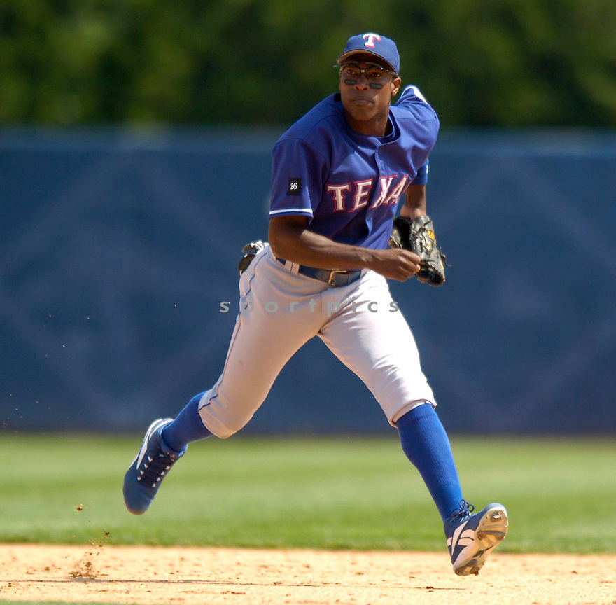 Alfonso Soriano of the Texas Rangers in action against the Detroit Tigers. ....Rangers lost 5-6.....David Durochik / SportPics..