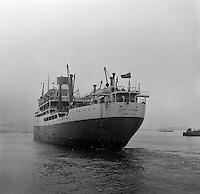 Oktober 1966. Schip City of York uit Londen in de Haven van Antwerpen.