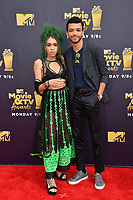 Justice Smith &amp; Cameo Adele at the 2018 MTV Movie &amp; TV Awards at the Barker Hanger, Santa Monica, USA 16 June 2018<br /> Picture: Paul Smith/Featureflash/SilverHub 0208 004 5359 sales@silverhubmedia.com