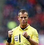 Nederland, Utrecht, 23 december 2012.Eredivisie .Seizoen 2012-2013.FC Utrecht-Ajax.Scheidsrechter Danny Makkelie.