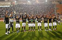 SAO PAULO, SP, 11 JULHO 2012 - CAMPEONATO BRASILEIRO - COR X BOT -  Jogadores do Botafogo durante partida contra Corinthians valido pela setima rodada do Campeonato Brasileiro no Estadio do Pacaembu na noite dessa quarta-feira, 11 - FOTO: WILLIAM VOLCOV - BRAZIL PHOTO PRESS.