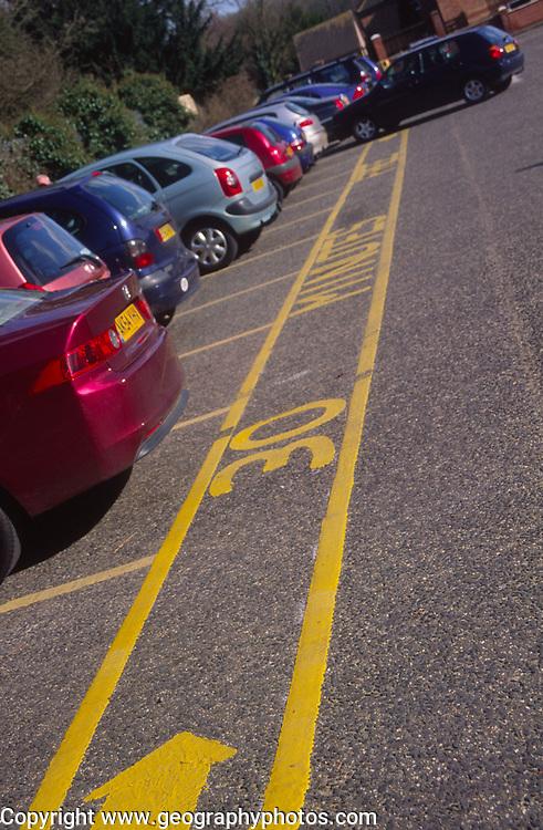 ADFTK0 Thirty minute parking zone