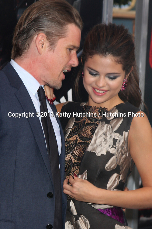 """LOS ANGELES - AUG 26:  Ethan Hawke, Selena Gomez at the """"Getaway"""" Premiere at the Village Theater on August 26, 2013 in Westwood, CA"""