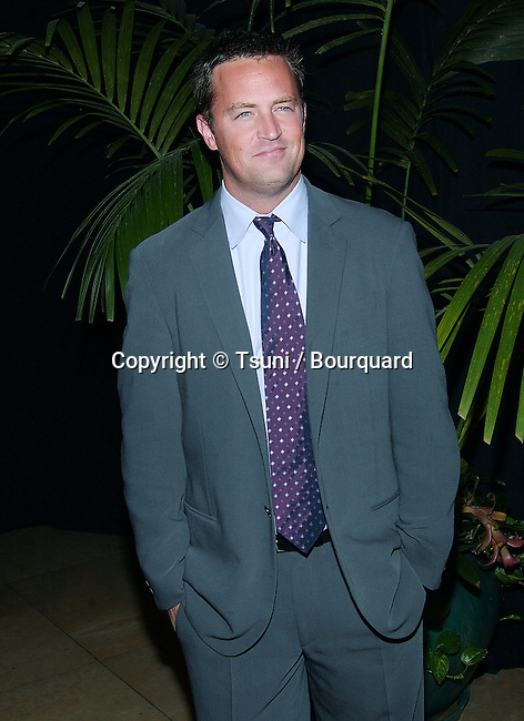 Matthew Perry arriving at the 5th Annual Lili Claire Foundation Benefit helping kids Fly Higher  at the Beverly Hilton in Los Angeles. October 29, 2002.            -            PerryMatthew48.jpg