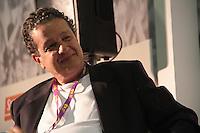 RIO DE JANEIRO, RJ, 30.08.2013 - O jornalista Juca Kfouri nesta sexta-feira (30) no segundo dia da Bienal do Livro do Rio de Janeiro onde em um dos eventos debateu sobre se o Brasil é o país do futebol. (Foto. Néstor J. Beremblum / Brazil Photo Press).