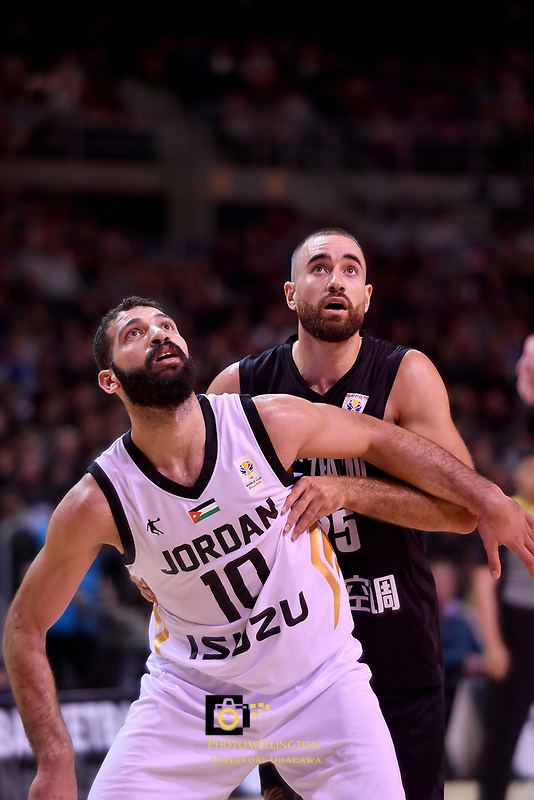 Jordan&rsquo;s Ahmad Obeid and New Zealand Tall Blacks&rsquo; Ethan Rusbatch in action during the FIBA World Cup Basketball Qualifier - NZ Tall Blacks v Jordan at Horncastle Arena, Christchurch, New Zealand on Thursday 29 November  2018. <br /> Photo by Masanori Udagawa. <br /> www.photowellington.photoshelter.com