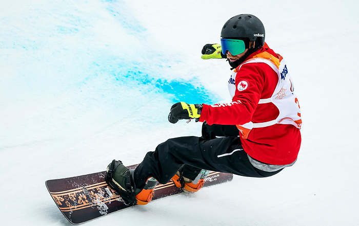 PyeongChang 16/3/2018 - John Leslie during the snowboard banked slalom at the Jeongseon Alpine Centre during the 2018 Winter Paralympic Games in Pyeongchang, Korea. Photo: Dave Holland/Canadian Paralympic Committee