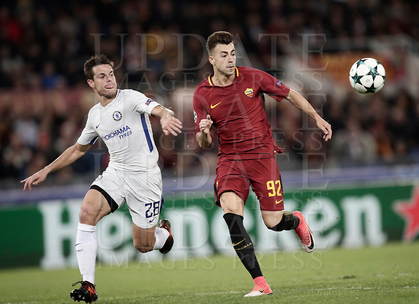 Football Soccer: UEFA Champions League AS Roma vs Chelsea Stadio Olimpico Rome, Italy, October 31, 2017. <br /> Roma's Stephan El Shaarawy (r) in action with Chelsea's Cesar Azpillicueta (l) during the Uefa Champions League football soccer match between AS Roma and Chelsea at Rome's Olympic stadium, October 31, 2017.<br /> UPDATE IMAGES PRESS/Isabella Bonotto