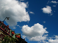 Montreal (Qc) CANADA, July 21, 2007<br /> clouds in a blue sky in downtown Montreal<br /> photo : (c) images Distribution