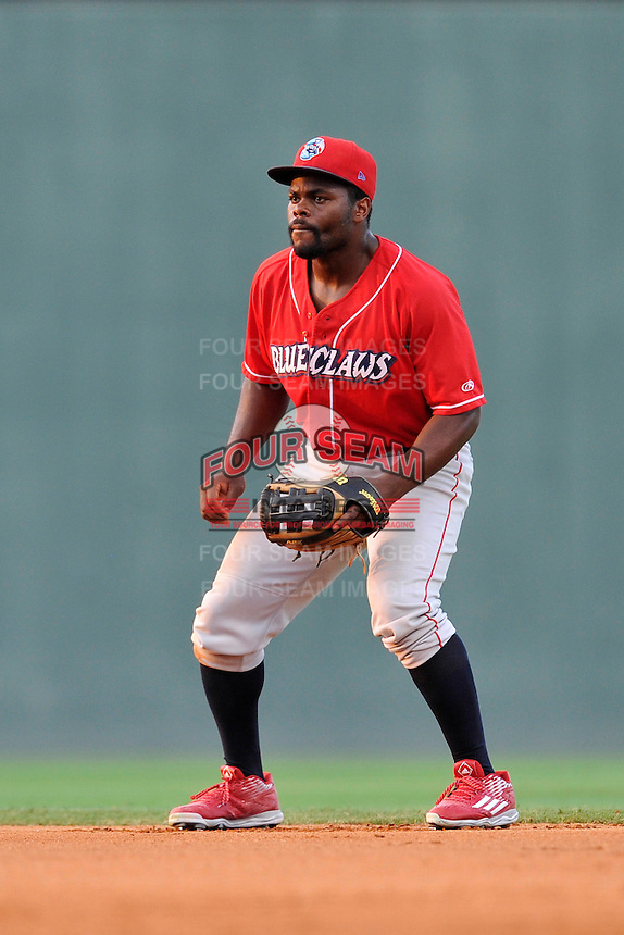 Second baseman Josh Tobias (5) of the Lakewood BlueClaws plays defense in a game against the Greenville Drive on Thursday, June 23, 2016, at Fluor Field at the West End in Greenville, South Carolina. Lakewood won, 8-7. (Tom Priddy/Four Seam Images)