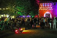 Gro&szlig;-Gerau 24.08.2018: Volk im Schloss<br /> Besucher bei Volk im Schloss<br /> Foto: Vollformat/Marc Sch&uuml;ler, Sch&auml;fergasse 5, 65428 R'heim, Fon 0151/11654988, Bankverbindung KSKGG BLZ. 50852553 , KTO. 16003352. Alle Honorare zzgl. 7% MwSt.