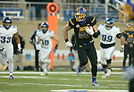 BROOKINGS, SD - DECEMBER 3:  Dallas Goedert #86 from South Dakota State scampers past a trio of defenders from Villanova for a 33 yard gain in the fourth quarter of their second round playoff game Saturday afternoon at Dana J. Dykhouse Stadium in Brookings, SD. (Photo by Dave Eggen/Inertia)