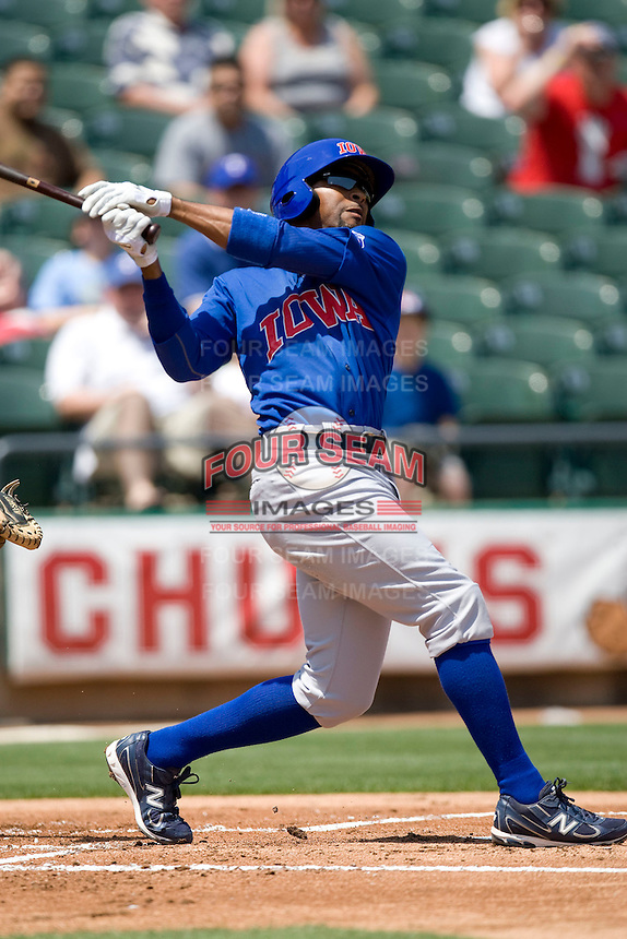 Iowa Cubs 2B Bobby Scales (11) swings against the Round Rock Express on April 10th, 2011 at Dell Diamond in Round Rock, Texas.  (Photo by Andrew Woolley / Four Seam Images)