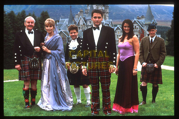 RICHARD BRIERS, SUSAN HAMPSHIRE, HAMISH CLARK, ALSTAIR MACKENZIE, DAWN STEELE & ALEXANDER MORTON.in Monarch Of The Glen.Filmstill - Editorial Use Only.Ref: FB.www.capitalpictures.com.sales@capitalpictures.com.Supplied by Capital Pictures