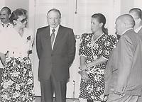Augusto Pinochet Ugarte junto a Patricia Maldonado, María Angélica Cristi y Sergio Diez