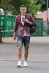 11.05.2018, Weserstadion, Bremen, GER, 1.FBL, Training SV Werder Bremen<br /> <br /> im Bild<br /> Milot Rashica (Werder Bremen #11) mit Rucksack, <br /> <br /> Foto &copy; nordphoto / Ewert