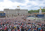 """QUEEN CELEBRATES DIAMOND JUBILEE.Crowds pack The Mall and surroundings of Buckingham Palace for the Finale of the 4 day Diamond Jubilee Celebration.  London_05/06/2012.Mandatory Credit Photo: ©SB/NEWSPIX INTERNATIONAL..**ALL FEES PAYABLE TO: """"NEWSPIX INTERNATIONAL""""**..IMMEDIATE CONFIRMATION OF USAGE REQUIRED:.Newspix International, 31 Chinnery Hill, Bishop's Stortford, ENGLAND CM23 3PS.Tel:+441279 324672  ; Fax: +441279656877.Mobile:  07775681153.e-mail: info@newspixinternational.co.uk"""