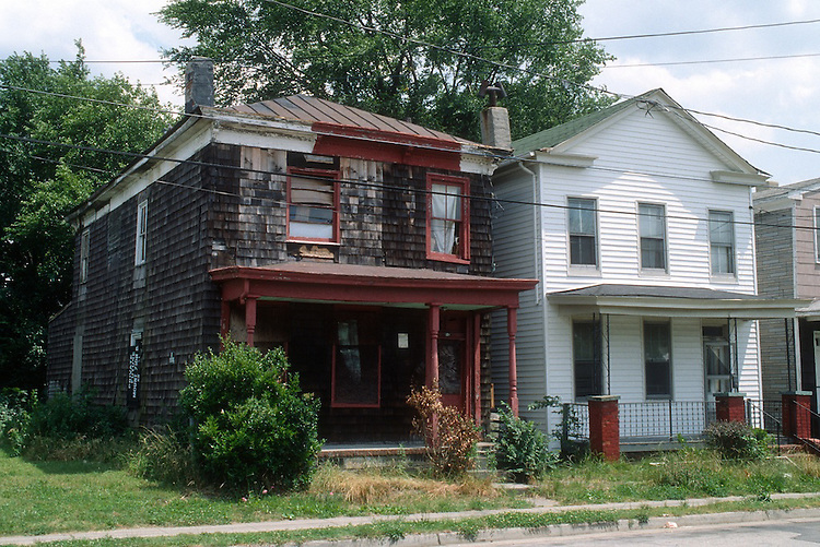 1990 May ..Conservation.Central Brambleton...VARIOUS HOUSES...NEG#.NRHA#..