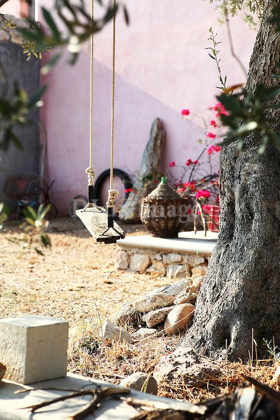 swing in the yard