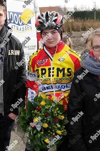 2012-02-19 / Wielrennen / seizoen 2011-2012 / Nieuwelingen / Nele Seghers..Foto: Mpics.be