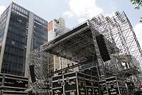 29.12.2019 - Montagem palco Réveillon na av Paulista em SP