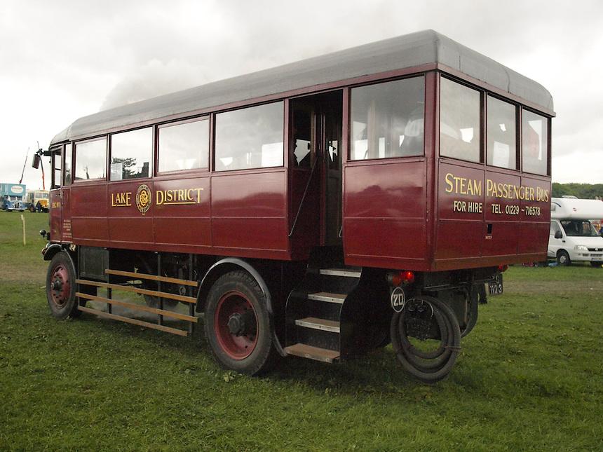 Sentinel DG4 Steam Bus .JPG