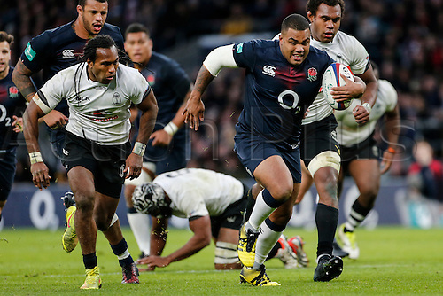 19.11.2016. Twickenham, London, England. Autumn International Rugby. England versus Fiji.  Kyle Sinckler of England makes a break.   Final score: England 58-15 Fiji.