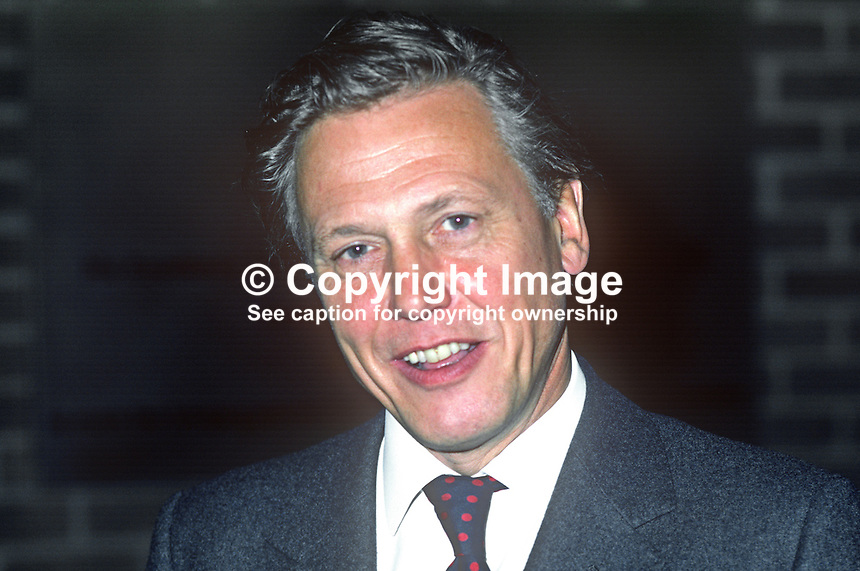 David Attenborough, UK, broadcaster, journalist, author, naturalist, programme maker, who has received an honorary degree from the New University of Ulster at the 1982 summer graduations. 19820700092DA1..Copyright Image from Victor Patterson, 54 Dorchester Park, Belfast, UK, BT9 6RJ.  Tel: +44 28 90661296  Mobile: +44 7802 353836.Email: victorpatterson@me.com Email: victorpatterson@gmail.com..For my Terms and Conditions of Use go to http://www.victorpatterson.com/ and click on Terms & Conditions