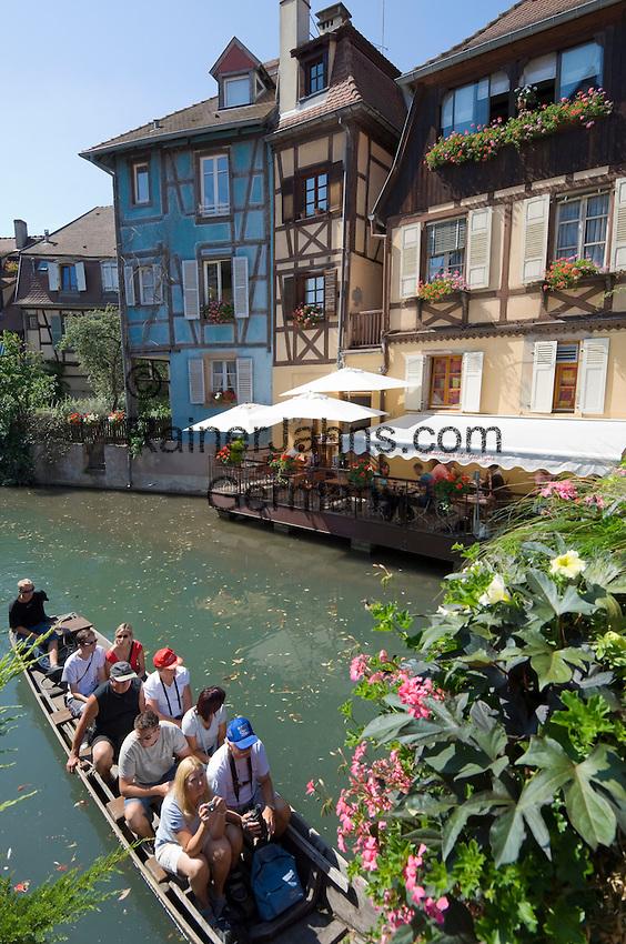 France, Alsace, Haut-Rhin, Colmar: Petite Venise (Little Venice) boat trip at river Lauch
