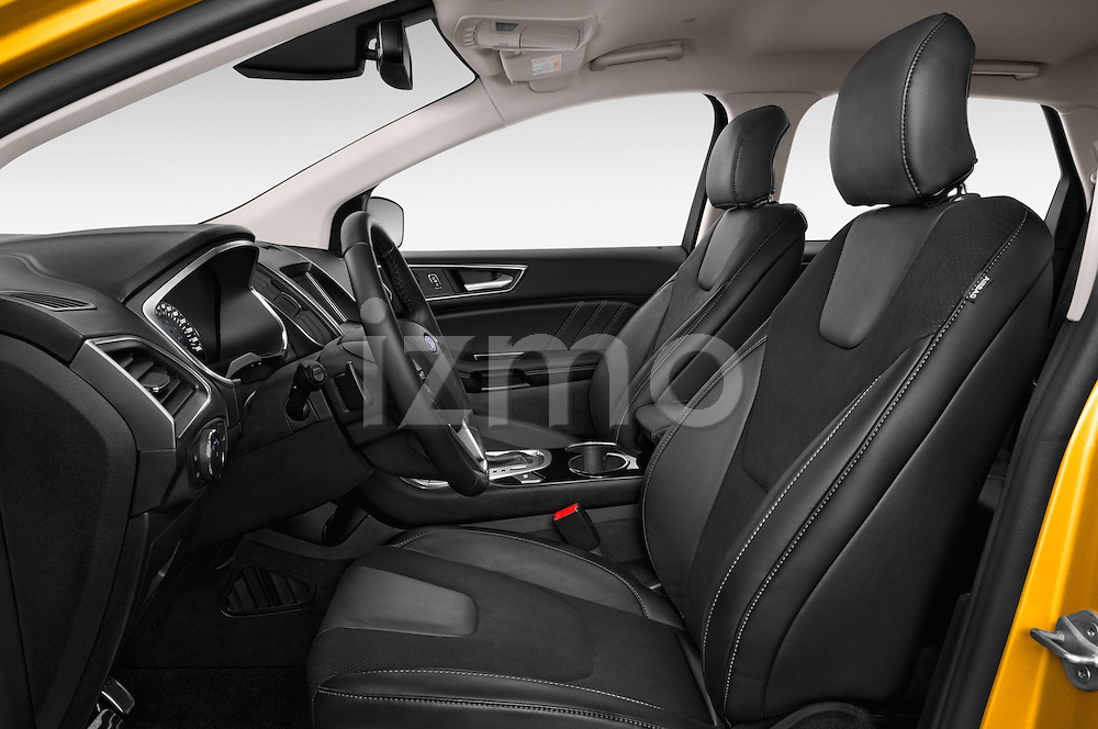 Front seat view of 2017 Ford Edge Sport-4wd 5 Door Suv Front Seat  car photos