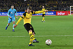 01.12.2018, Signal Iduna Park, Dortmund, GER, DFL, BL, Borussia Dortmund vs SC Freiburg, DFL regulations prohibit any use of photographs as image sequences and/or quasi-video<br /> <br /> im Bild Strafraumszene . Torchance von Lukasz Piszczek (#26, Borussia Dortmund) <br /> <br /> Foto © nordphoto/Mauelshagen