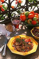 France/06/Alpes Maritimes/Nice/Arrière pays niçois: estouffade d'agenau aux olives noires - Recette de M. Issautier