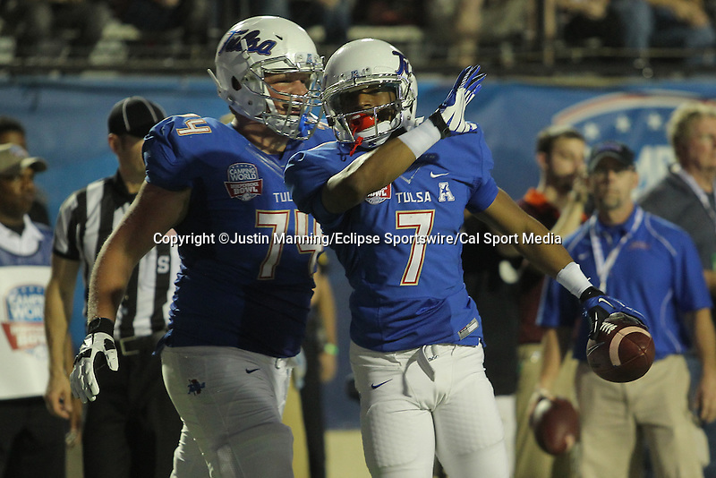 December 26, 2015: Tulsa WR Bishop Louie celebrating after a touchdown in the Camping World Independence Bowl at Independence Stadium in Shreveport, LA. Justin Manning/ESW/CSM