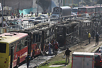 BOGOTA - COLOMBIA, 10-09-2020:Once transmilenos fueron quemados al frente de la estación de Bosa durante disturbios protagonizados por la muerte del abogado Javier Ordoñez por el exceso de autoridad de la Policia Nacional./Eleven Tansmilenio buses were burned in front of the Bosa station during riots that led to the death of lawyer Javier Ordoñez due to the excessive authority of the National Policel. Photo: VizzorImage / Felipe Caicedo / Staff