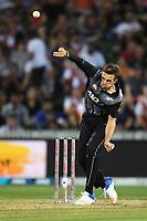 Tim Southee bowling.<br /> New Zealand Black Caps v England.Tri-Series International Twenty20 cricket. Eden Park, Auckland, New Zealand. Sunday 18 February 2018. &copy; Copyright Photo: Andrew Cornaga / www.Photosport.nz