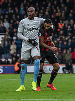 West Ham United's Angelo Ogbonna (left)  holds back Bournemouth's Callum Wilson (right) <br /> <br /> Photographer David Horton/CameraSport<br /> <br /> The Premier League - Bournemouth v West Ham United - Saturday 19 January 2019 - Vitality Stadium - Bournemouth<br /> <br /> World Copyright © 2019 CameraSport. All rights reserved. 43 Linden Ave. Countesthorpe. Leicester. England. LE8 5PG - Tel: +44 (0) 116 277 4147 - admin@camerasport.com - www.camerasport.com