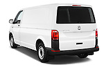 Car pictures of rear three quarter view of 2016 Volkswagen Transporter-Furgon - 4 Door Cargo Van Angular Rear
