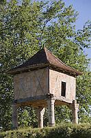 Europe/France/Midi-Pyrénées/46/Lot/Larroque-Toirac: Colombier - Pigeonnier monté sur quatre piles